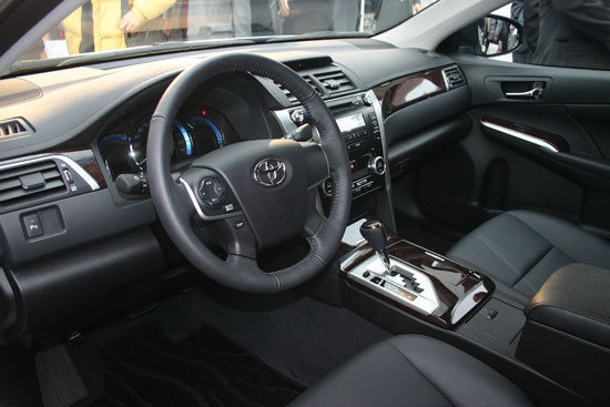 Toyota_Camry_Hybrid-G