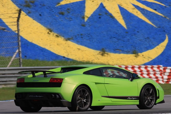 Lamborghini_Gallardo_LP 570-4 Superleggera Coupe