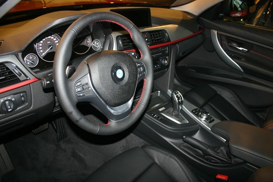 BMW_3-Series Sedan_328i Sport