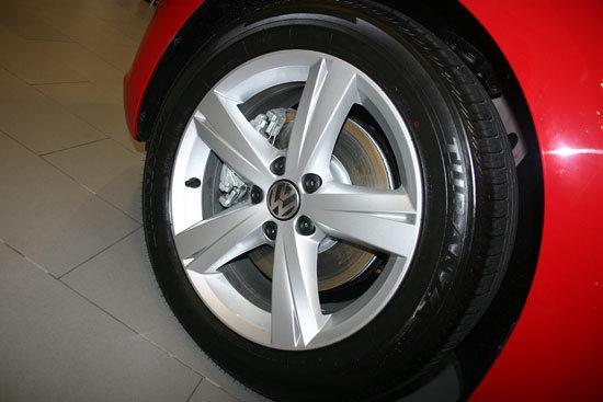 Volkswagen_Beetle_1.2 TSI Design
