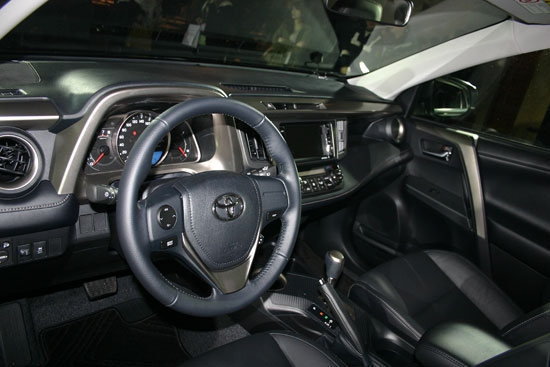 Toyota_RAV4_2.5 4WD旗艦版