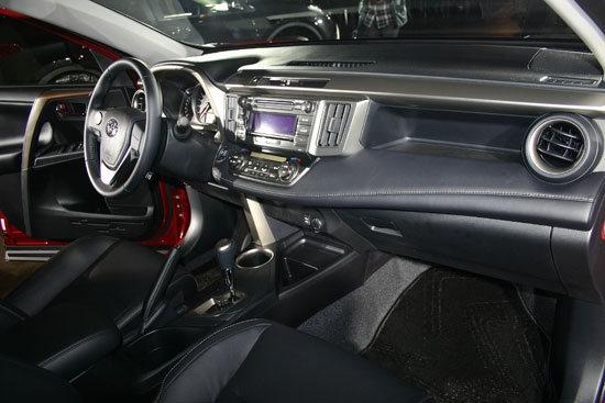 Toyota_RAV4_2.5 E天窗選配版