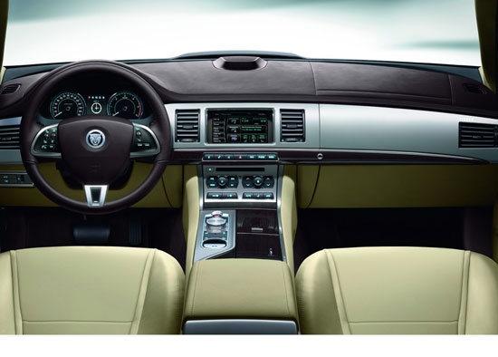 Jaguar_XF_2.2D Luxury