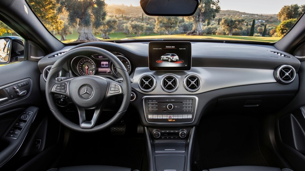 M-Benz_GLA-Class(NEW)_GLA200d