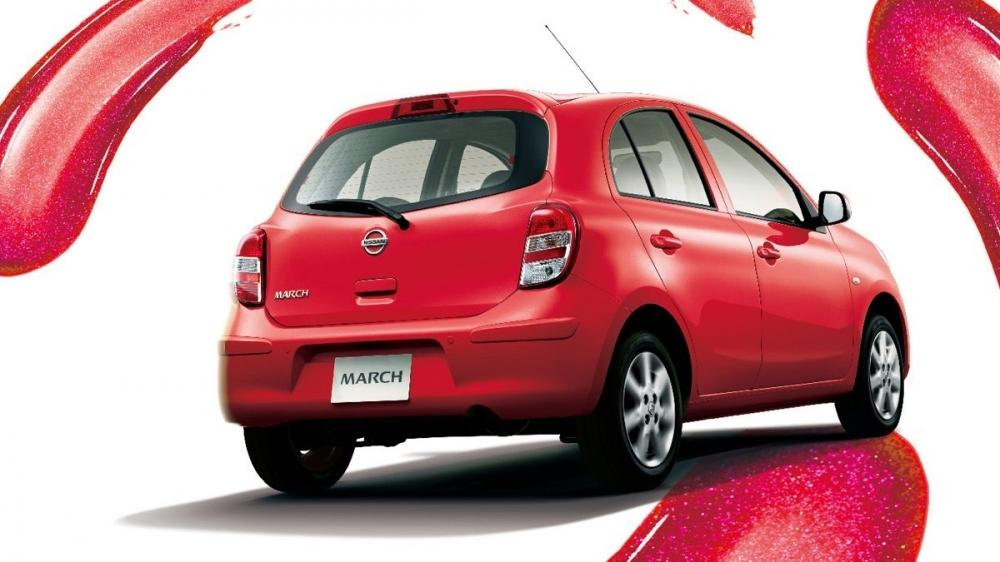 Nissan_March_1.5豪華版
