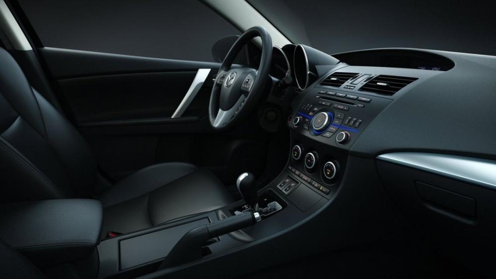 Mazda_3 5D_2.5 S