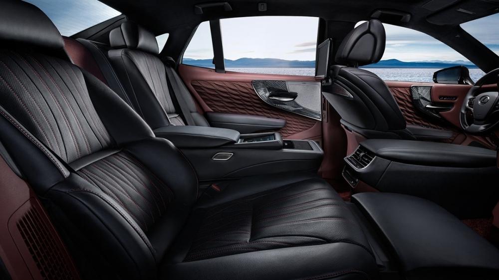 Lexus_LS_500h旗艦版