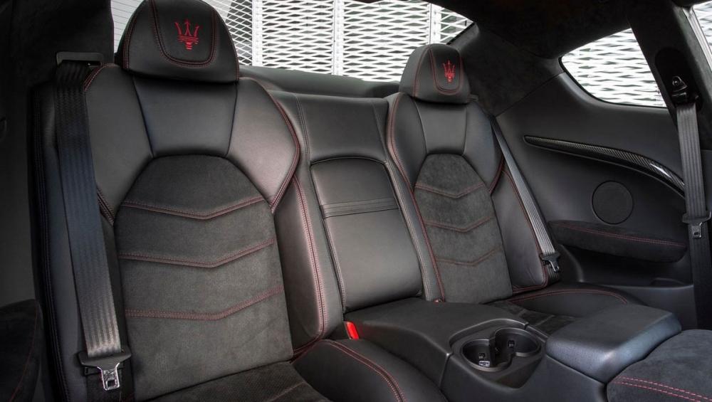 Maserati_GranTurismo_MC Stradale Trofeo Limited Edition
