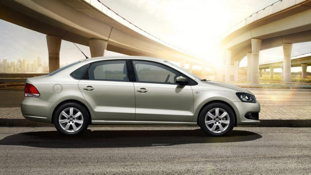 Volkswagen_Vento_1.6 HL