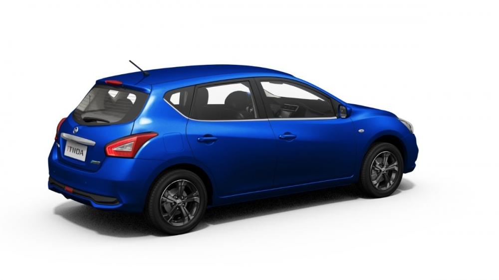 Nissan_Tiida 5D_傳奇版