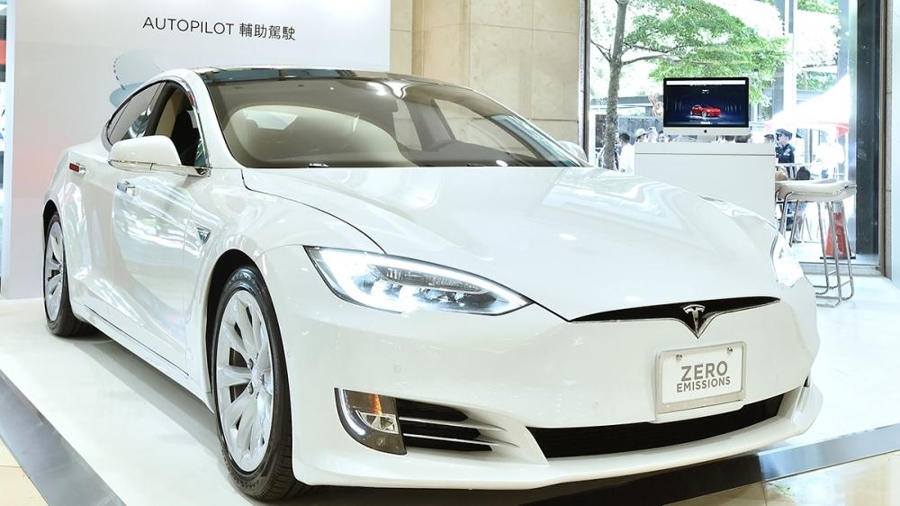 Tesla_Model S_100D