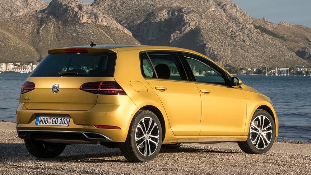 Volkswagen_Golf_230 TSI Comfortline