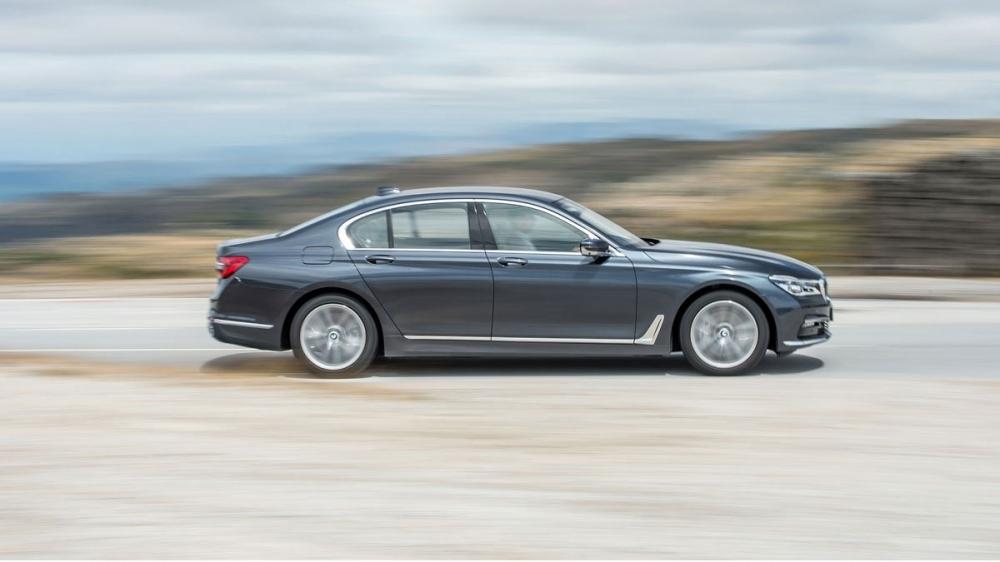 BMW_7-Series_730d後座尊榮版