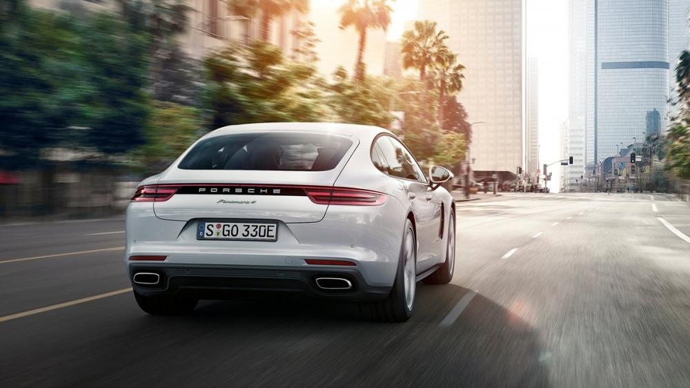 Porsche_Panamera_4 E-Hybrid