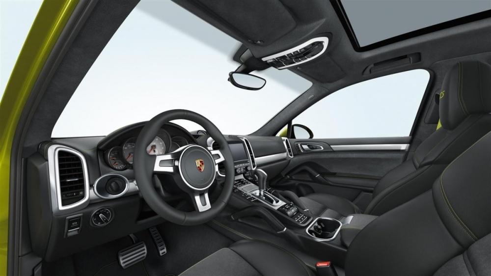 Porsche_Cayenne_GTS