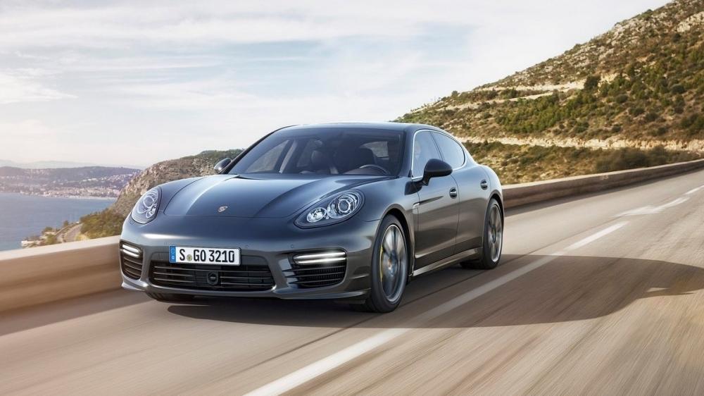 Porsche_Panamera_Turbo S