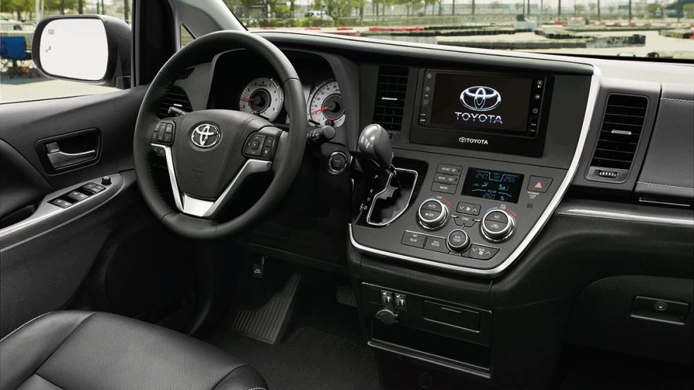 Toyota_Sienna_3.5 XLE