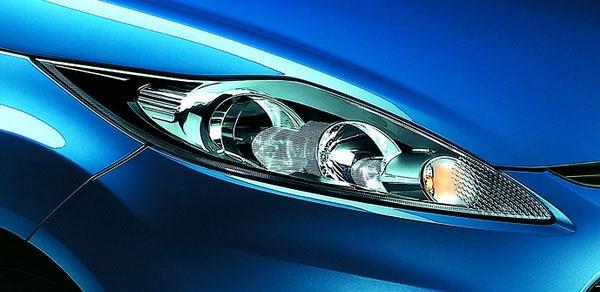 Ford_Fiesta_1.4時尚版(鈦銀紫)