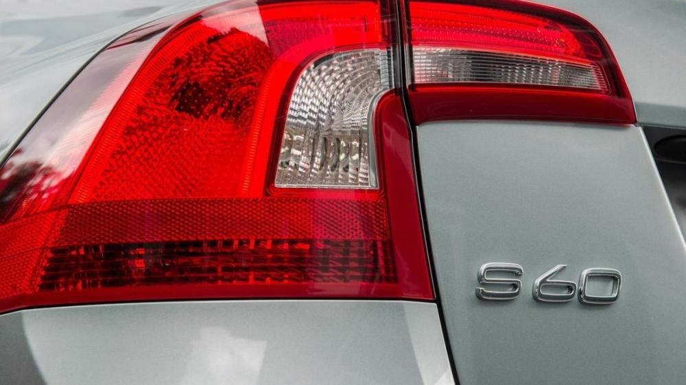 Volvo_S60_D4豪華版