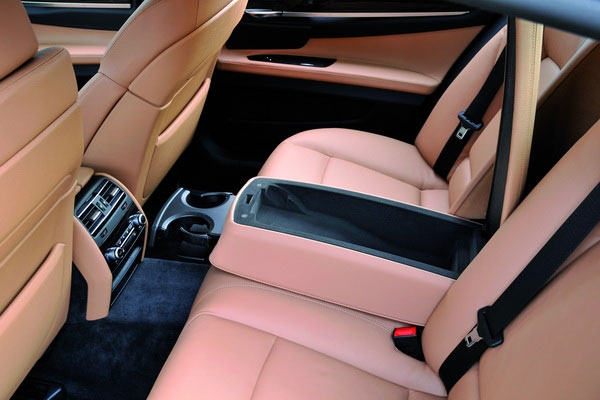 BMW_7 Series_730d
