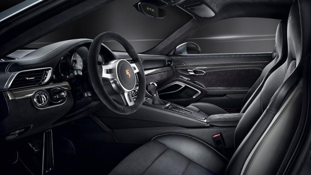 Porsche_911 Carrera 4_GTS Coupe