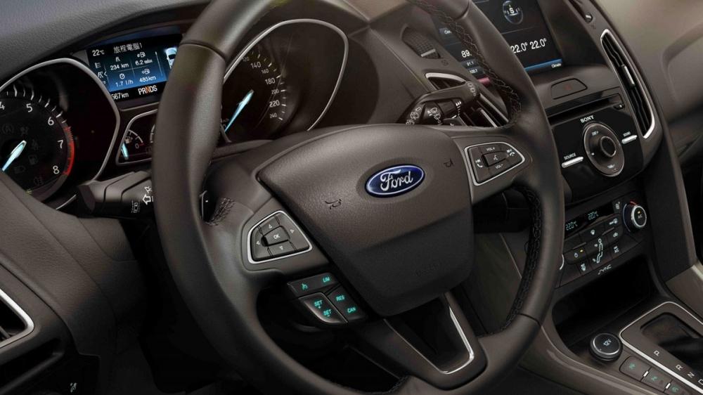 Ford_Focus 4D_2.0 TDCi柴油時尚型