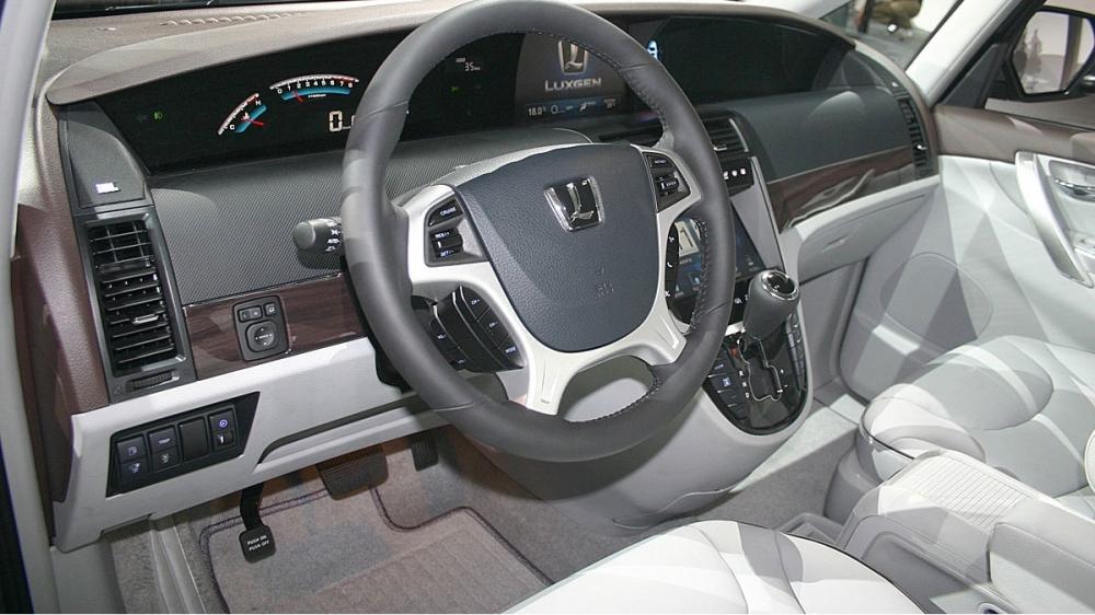 Luxgen_M7 Turbo_旗艦型大三排座椅(客車版)