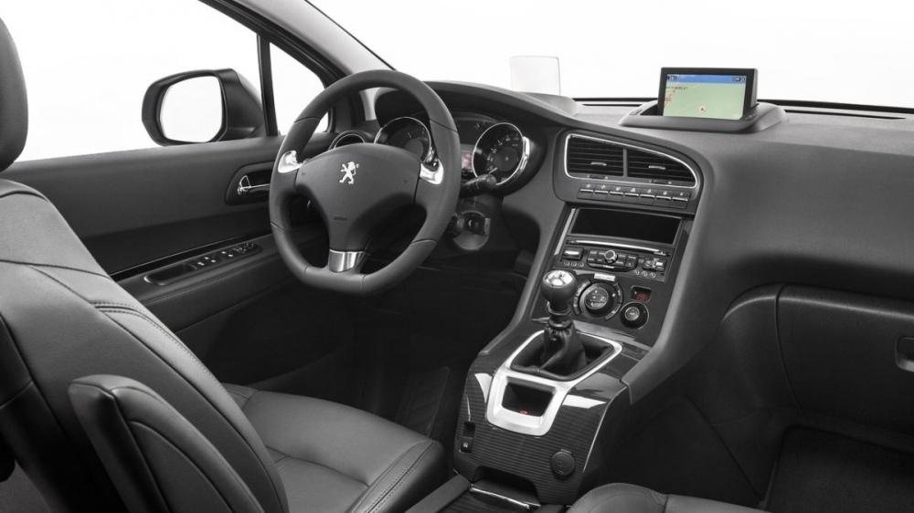 Peugeot_5008_1.6 BlueHDi Design