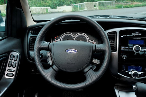 Ford_Escape_2.3 4WD