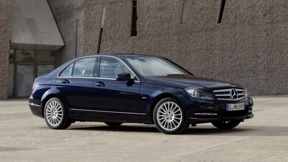 M-Benz_C-Class Sedan_C300 BlueEFFICIENCY Avantgarde