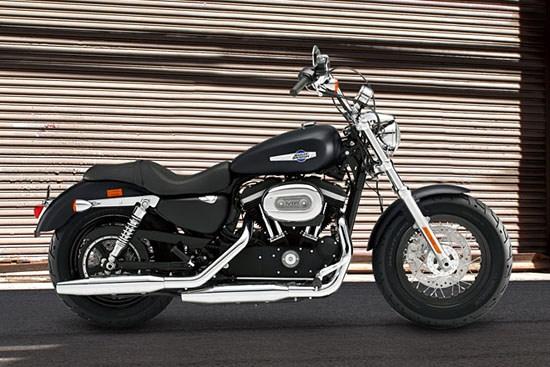 2014 Harley-Davidson Sportster 1200 Custom Limited B