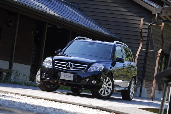 2009 M-Benz GLK-Class