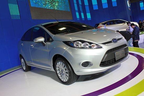 2012 Ford Fiesta 4D
